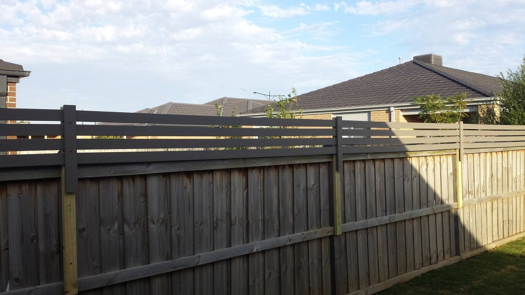 Armstrong Creek Screening Fence Extension Hybrideck